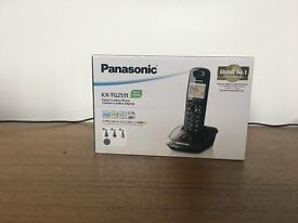 Home Phone Panasonic Digital Cordless Phone (KX-TG2511), Black - BRAND NEW