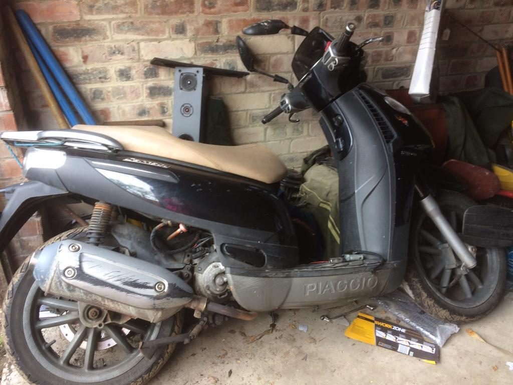 scooter piaggio carnaby 125 in cramlington northumberland gumtree. Black Bedroom Furniture Sets. Home Design Ideas