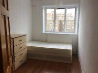 Single room for rent In Limehouse/Commercial Street/ Stepnygreen London E1 *Bills Inc