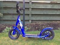 Bikestar scooter, blue with 10 in. wheels.