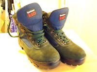 Karrimor ksb walking/hiking boots size 9 never worn outside still brand new