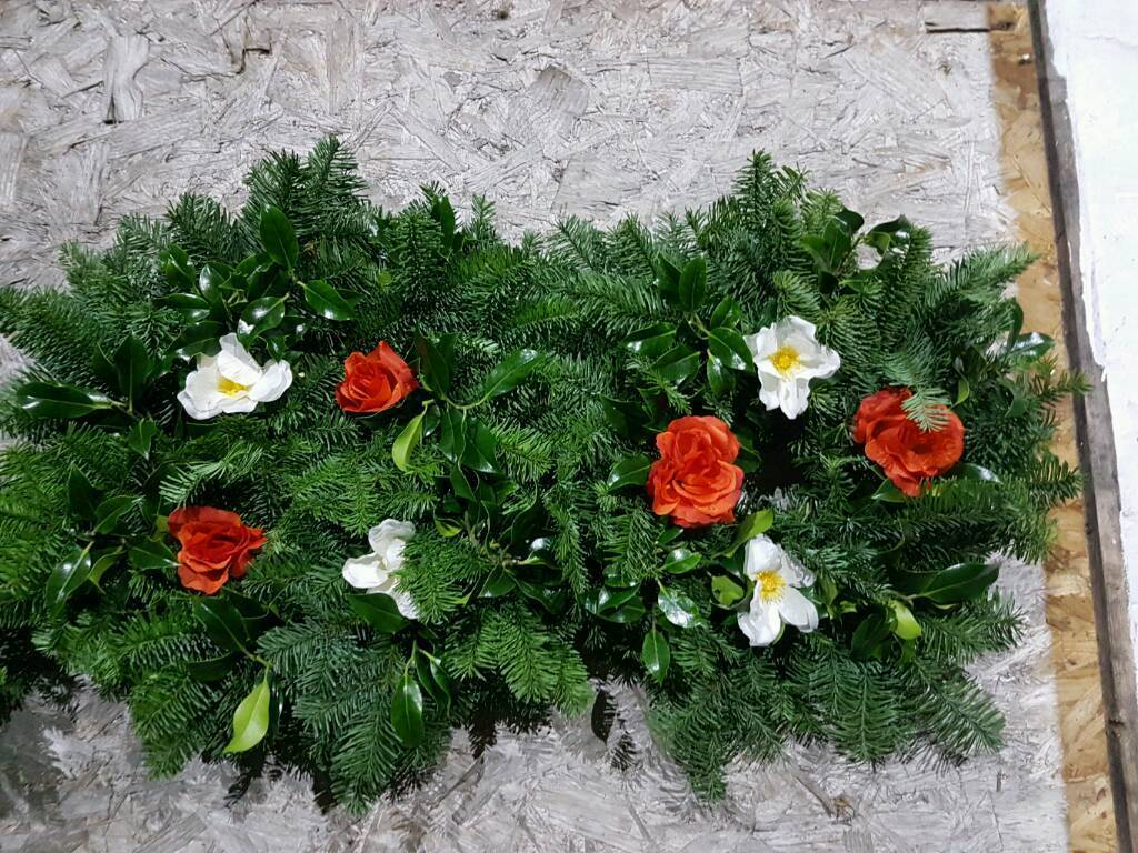 holly wreaths for xmas for sale taking orders now in cowdenbeath