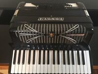 Sonoma 96 bass key accordion