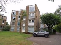 A first floor pb studio flat Fortis Green East Finchley N2 near shops and East Finchley Station