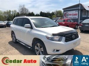 2010 Toyota Highlander Sport - Leather - Moonroof - Managers Spe