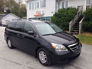 2007 Honda Odyssey EX-L Heated leather, pwr S-roof