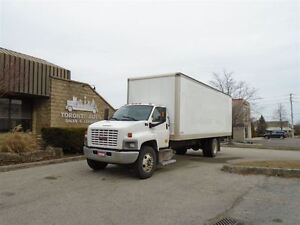 2008 GMC Topkick ONE OWNER,LOW KM,26ft,Automatic,Ramp