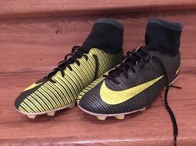 Football Boots Junior Size 5.5 Nike Performance Mercurial Vapor XI Green Sockboot