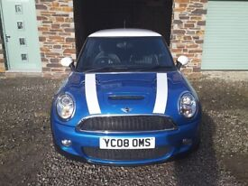 Mint condition Mini Cooper S 2008 - 1 owner with low mileage