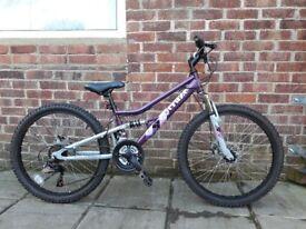 """Girls Appollo bike 24"""" wheels approx age 8 - 11"""