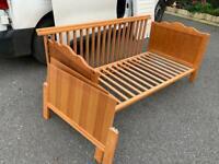 Mamas and papas cot crib & toddler bed