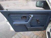 bmw e30 VGC, BLUE DOOR CARDS, 4 door,