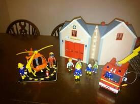 Fireman Sam helicopter, station, engine and figures