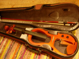 Electric violin - for silent practice/amplified use - excellent Yamada, striking looks, great fun