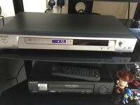 Sony DVDs player silver in colour and perfect condition with remote control