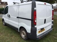 2009Vauxhall VIVARO.1OWNER.BRILLIANT DRIVE.ROOF RACKINTERNAL SHELVING.FULL SERVICE HISTORY.CD PLAYER
