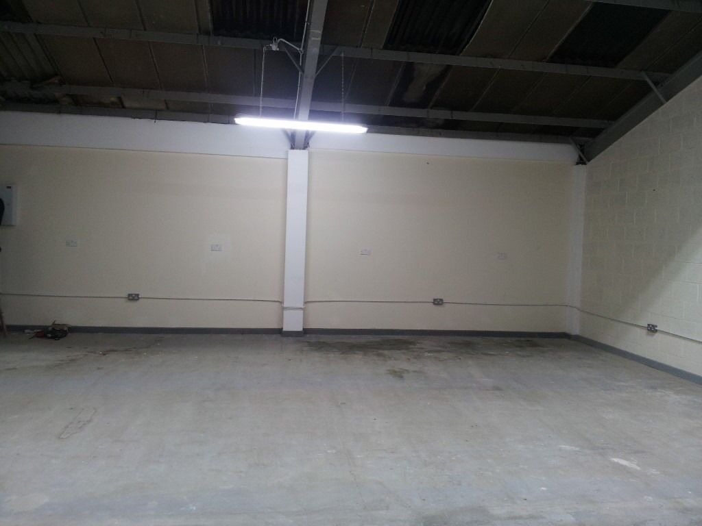 storage office space. 1000 Square Ft / Commercial Unit Office Space Business Storage For Rent