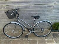 Raleigh ladies bike - excellent condition