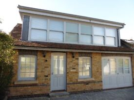 Detached Two bedroom Cottage to let