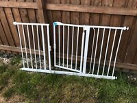 Extra wide safety gate dog gate
