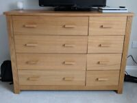 Wooden chest of drawers (8 drawers)