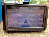 Garmin Nuvi 200w Automotive GPS Receiver Sat Nav with UK & Ireland Maps Navigator large screen
