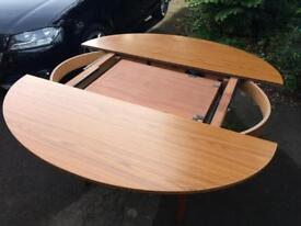 Schrieber dining table
