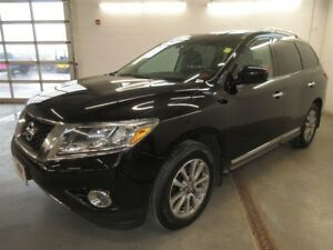 2014 Nissan Pathfinder SV- 4x4! BACK-UP CAM! ALLOYS! HEATED SEAT