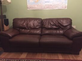 Large Two Piece Brown Leather Sofa Suite (2 Seater and 3 Seater)
