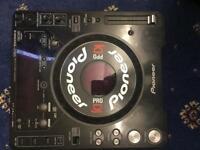 2x PIONEER DJ DECKS