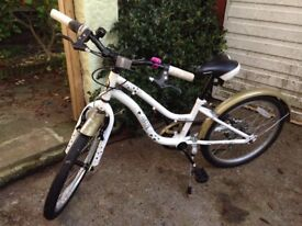 Girls Apollo 20 inch Bicycle 1 Year Old