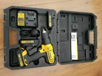 Dewalt DCD776 with charger and 3 batteries