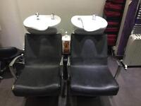 Sink for provisional salon in a good condition for sale