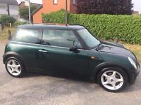 Green Mini Cooper 2003