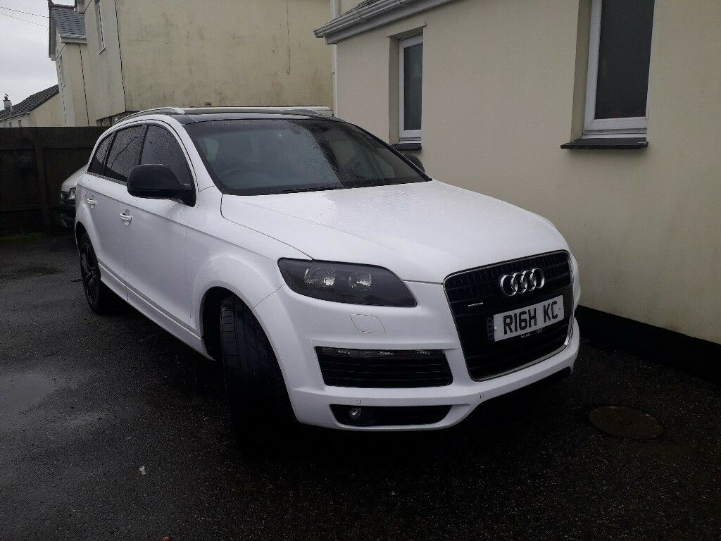 Audi Q Ice White Wrapped Seater Months Mot In St - Audi car 8 seater