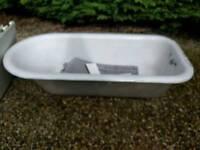 Roll top bath cast iron bath