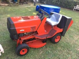WESTWOOD S800 RIDE ON LAWNMOWER