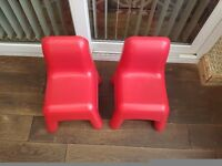 Set of 2 childrens chairs