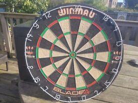 Winmau Blade Bristle Signed dart board