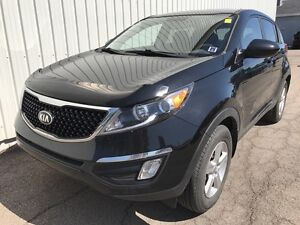 2015 Kia Sportage LX MANUAL EDITION SUV WITH FACTORY WARRANTY...
