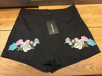 Black shorts with flowers