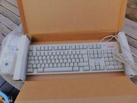 COMPAQ Keyboard & Mouse Set - Unused in original box