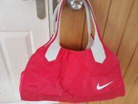 Ladies Pink/Orange sports bag