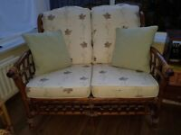 2 seat sofa & 2 chairs conservatory set