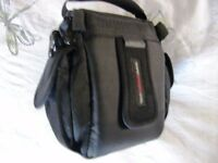 "Lowepro ""EDIT100"" camera case - USED but in good condition"