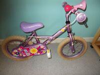 """(Girl's Bike) 9"""" Frame (Like neww)******"""