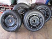Four Volkswagen steel wheels 195 / 65 R15 genuine part, perfect condition for sale at half price