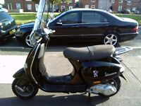 2003 Piaggio Vespa ET4 125 classic shape scooter, new 1 year MOT, very good runner, ride away,,,,