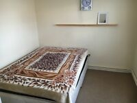 Spacious double room to share in a 3 bedroom flat
