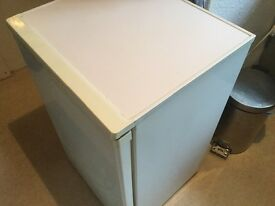 Under counter small Fridge in good working order FREE to collector. Must go by weekend